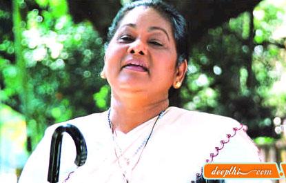 http://movies.deepthi.com/malayalam/actress/images/KPAC-Lalitha.jpg
